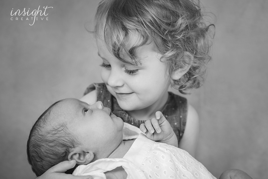 family and newborn photography by Townsville photographer Megan Marano of Insight Creative