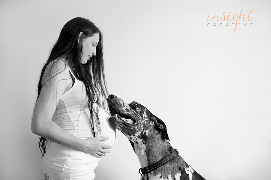 natural pregnancy photography by Townsville photographer Megan Marano of Insight Creative